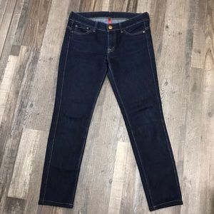 Uniqlo skinny tapered mid rise size 27x33